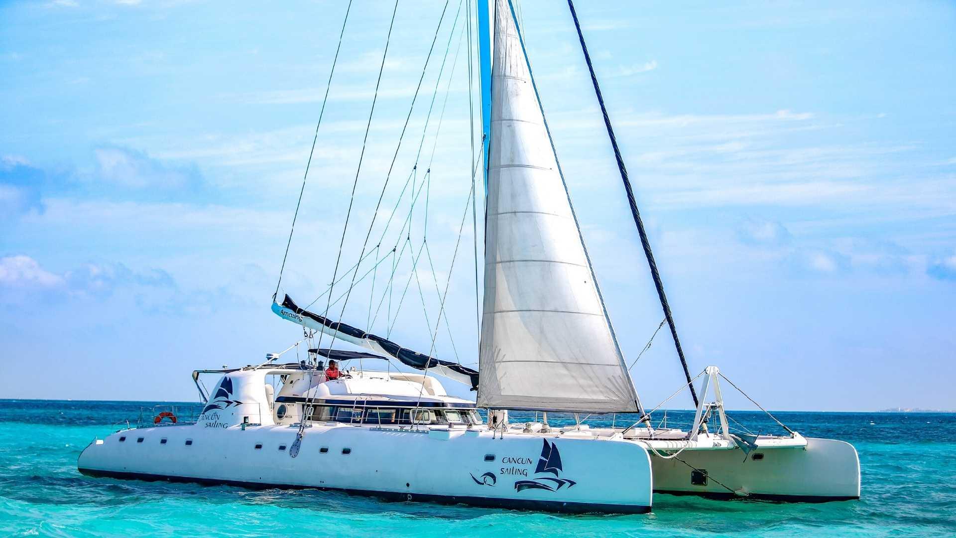 1- LoRes - Amazing - Isla Mujeres Catamaran Tour - Cancun Sailing