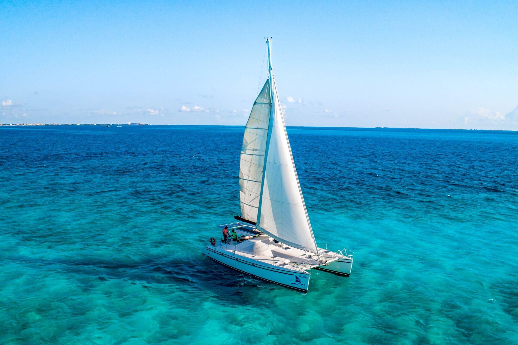 7 - HiRes - Arjuna - Isla Mujeres Catamaran Tour - Cancun Sailing