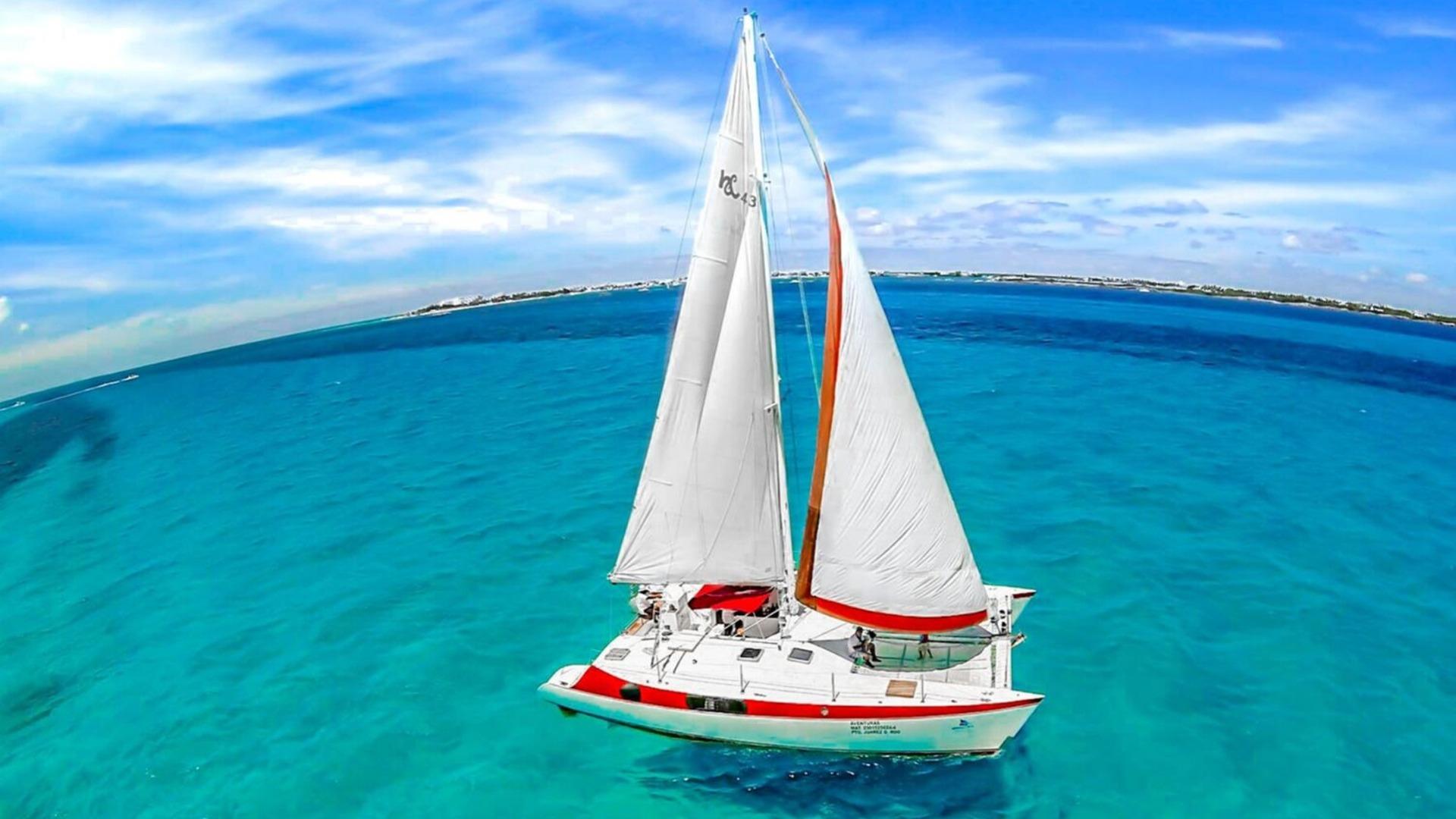 1 - LoRes - Aventuras - Isla Mujeres Catamaran Tour - Cancun Sailing