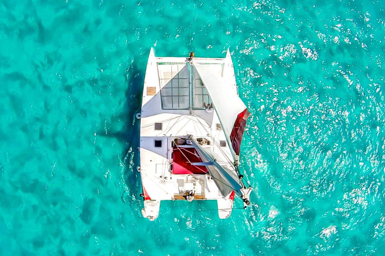 3 - HiRes - Aventuras 2000 X 1333 - Isla Mujeres Catamaran Tour - Cancun Sailing