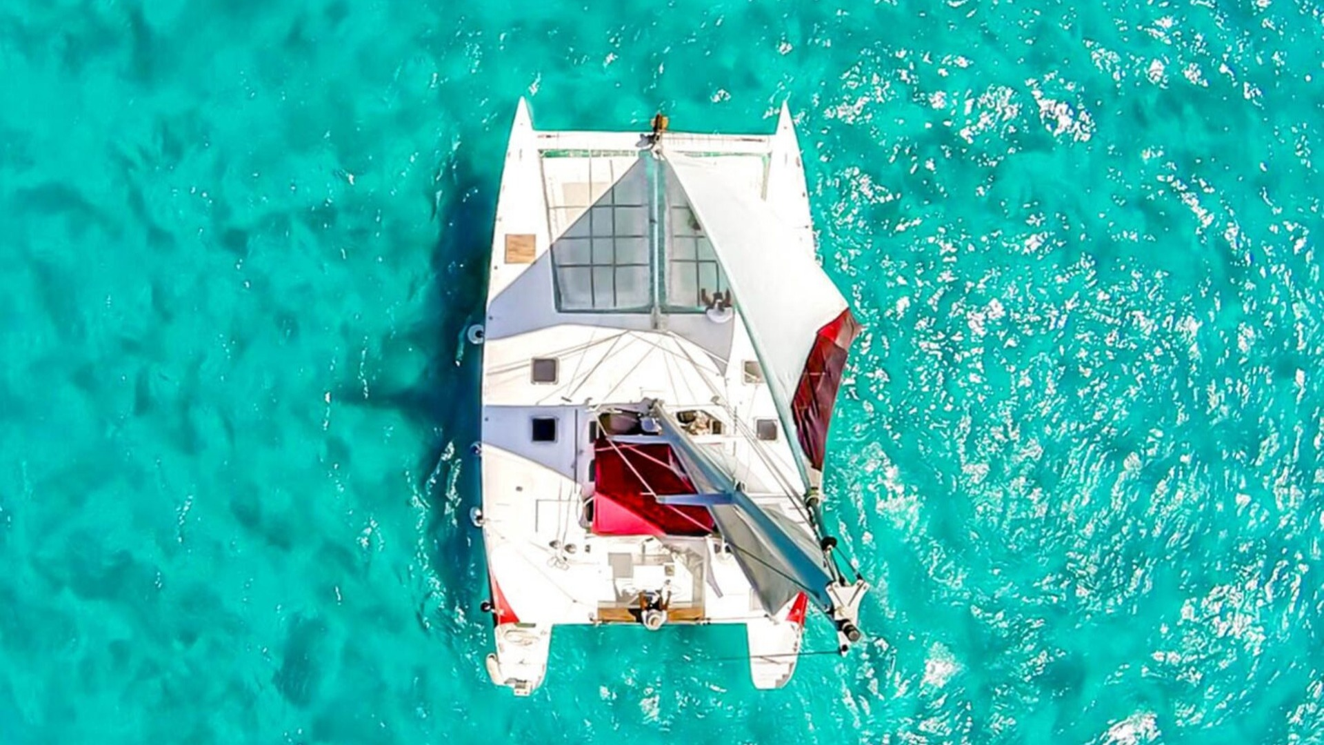 3 - LoRes - Aventuras - Isla Mujeres Catamaran Tour - Cancun Sailing