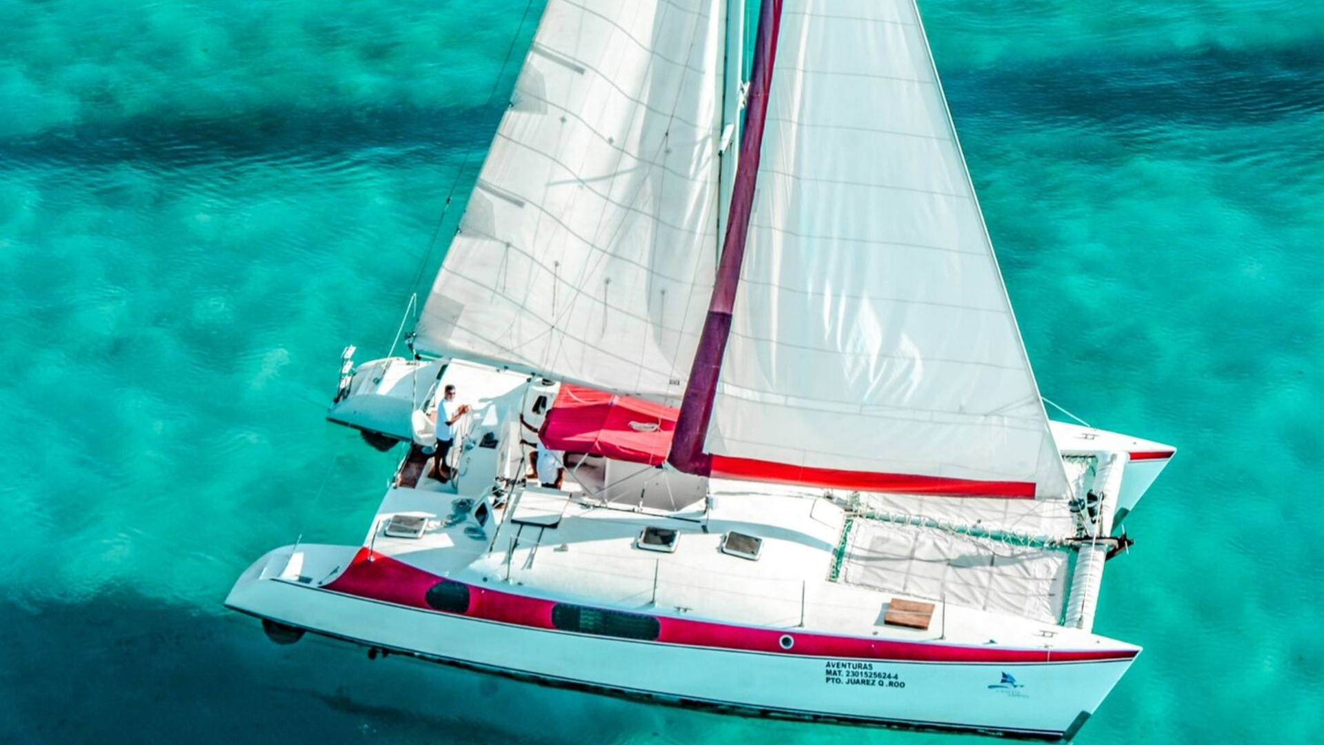4 - LoRes - Aventuras - Isla Mujeres Catamaran Tour - Cancun Sailing
