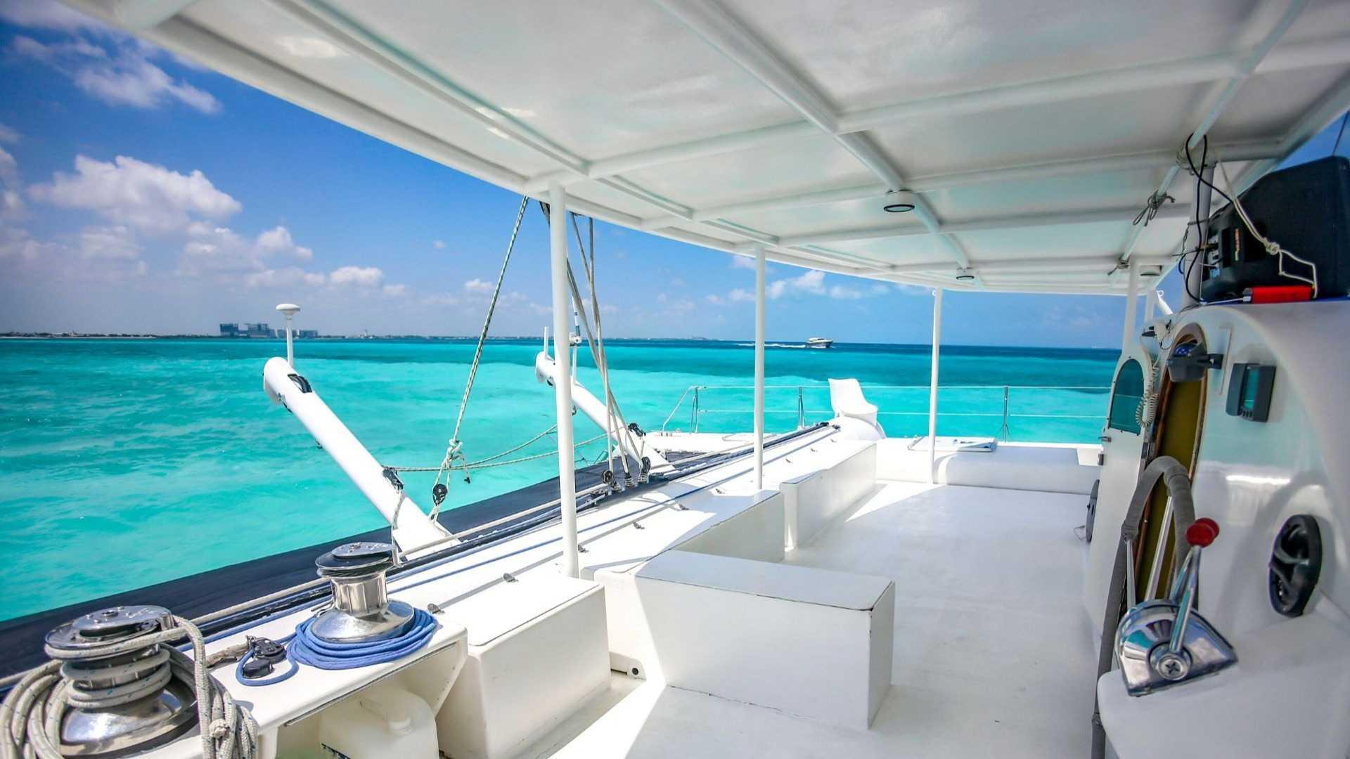 5 - LoRes - Induna - Isla Mujeres Catamaran Tour - Cancun Sailing
