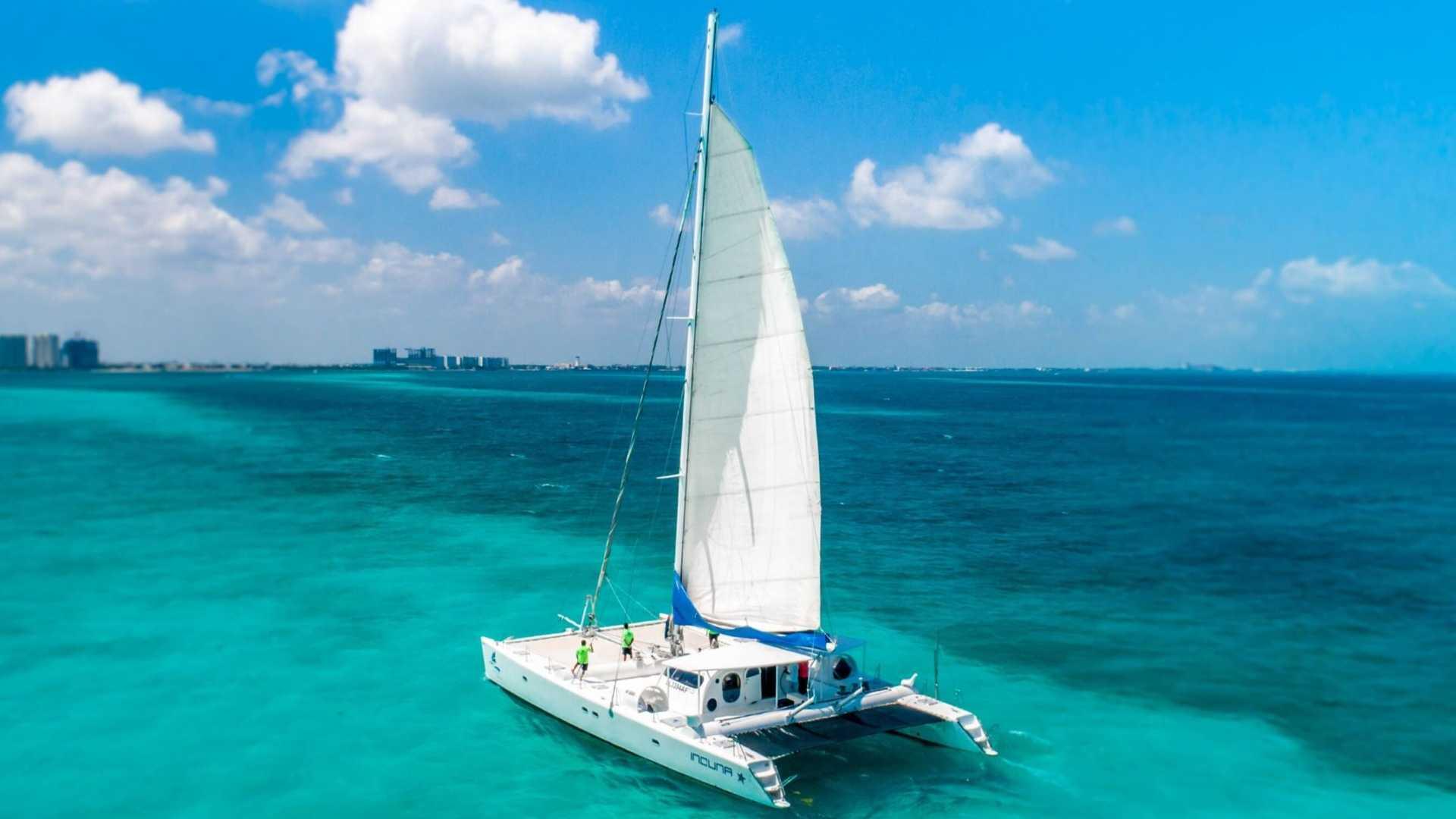 6 - LoRes - Induna - Isla Mujeres Catamaran Tour - Cancun Sailing