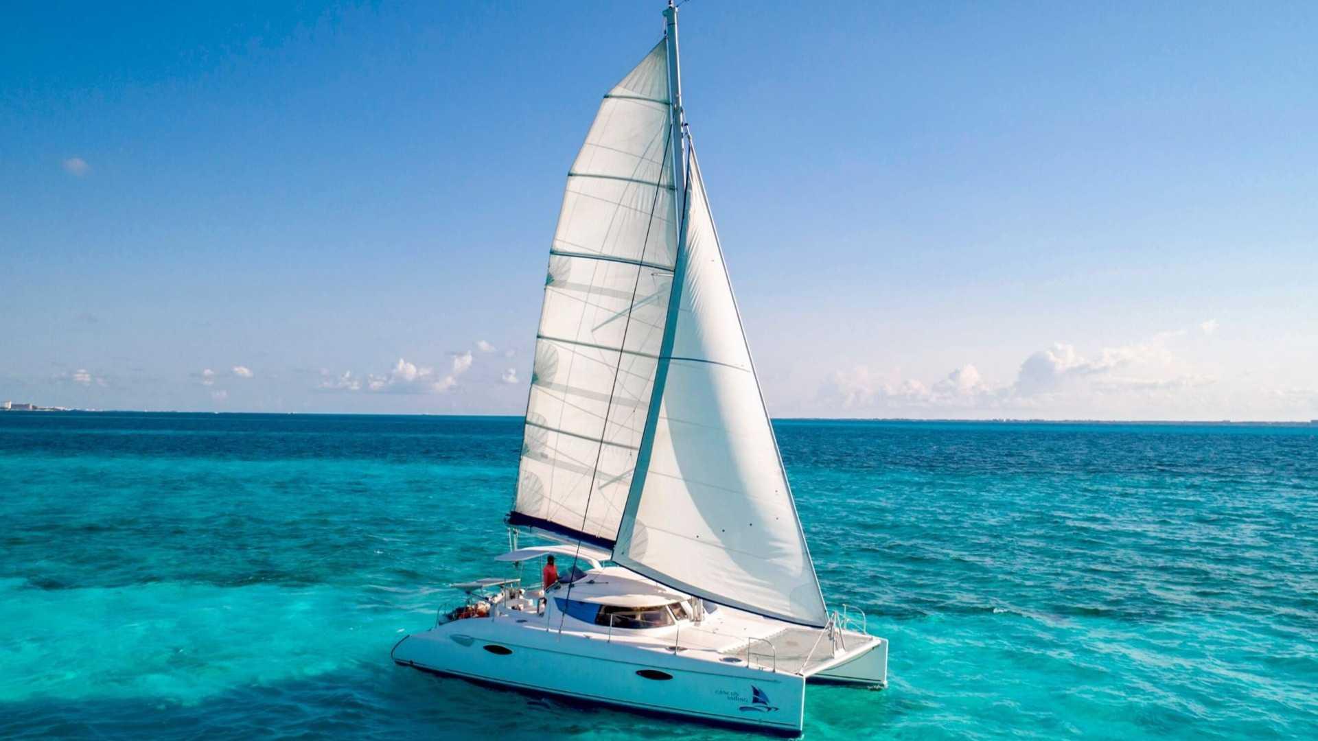 1 - LoRes - Kendo - Isla Mujeres Catamaran Tour - Cancun Sailing