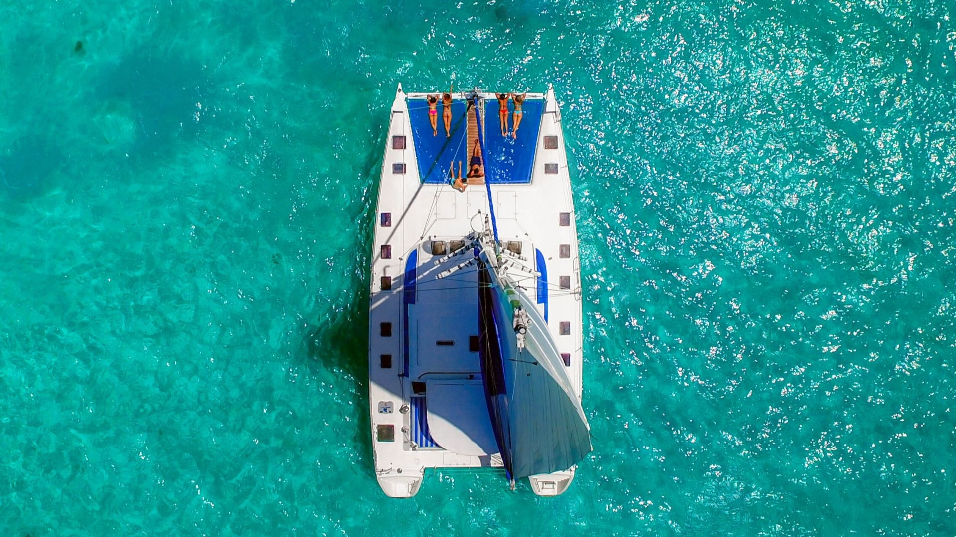 1 - LowRes - Luv Cat - Isla Mujeres Catamaran Tour - Cancun Sailing