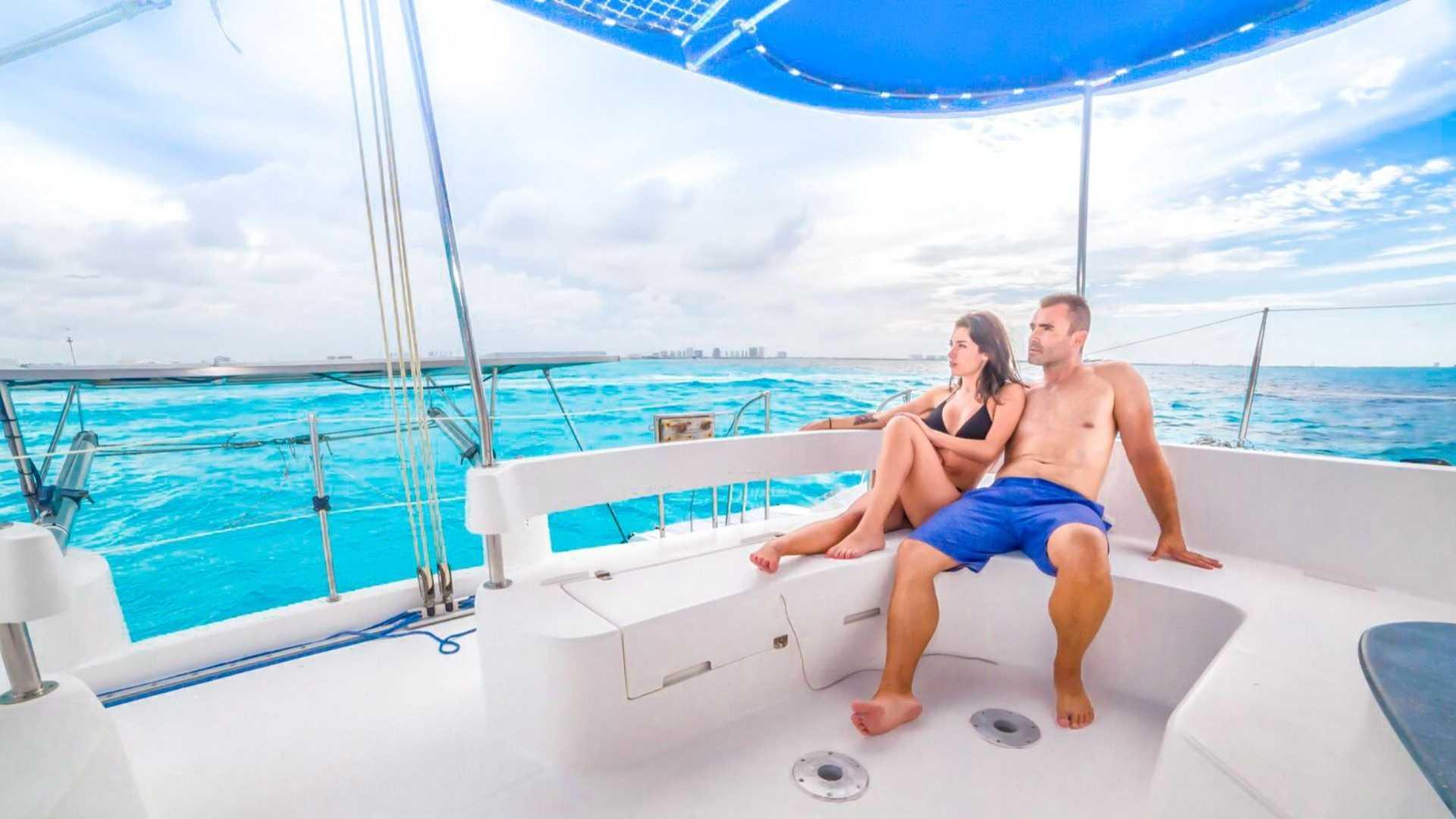 1 - LowRes - Malube - Isla Mujeres Catamaran Tour - Cancun Sailing