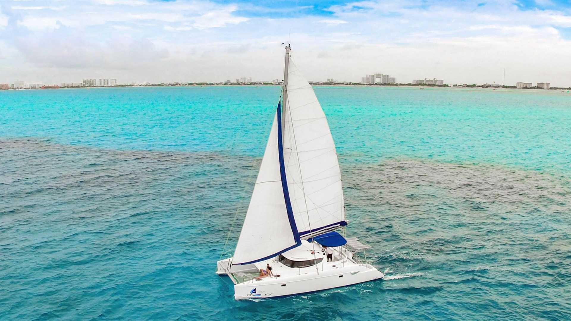 3 - LowRes - Malube - Isla Mujeres Catamaran Tour - Cancun Sailing