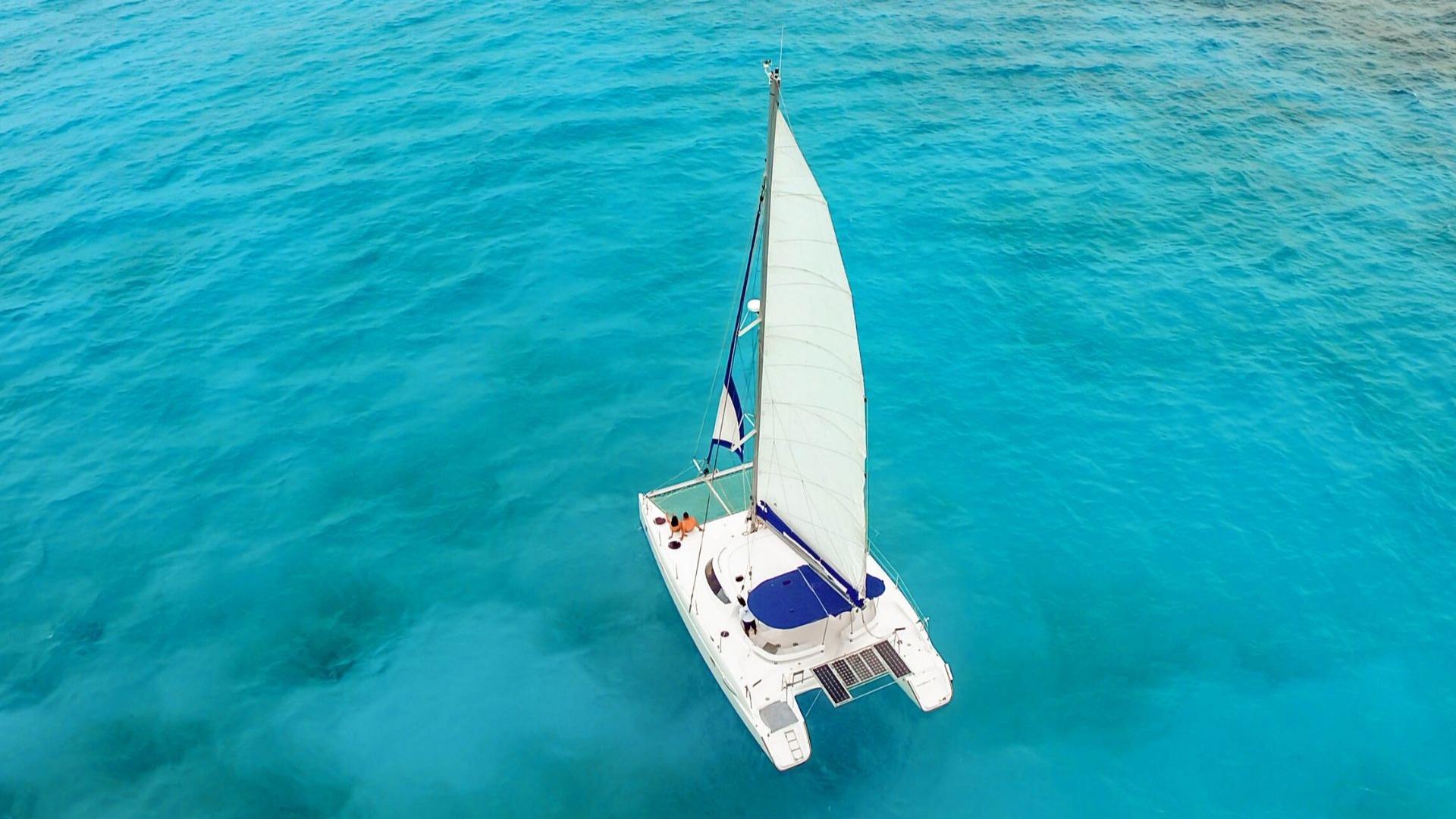 5 - LowRes - Malube - Isla Mujeres Catamaran Tour - Cancun Sailing