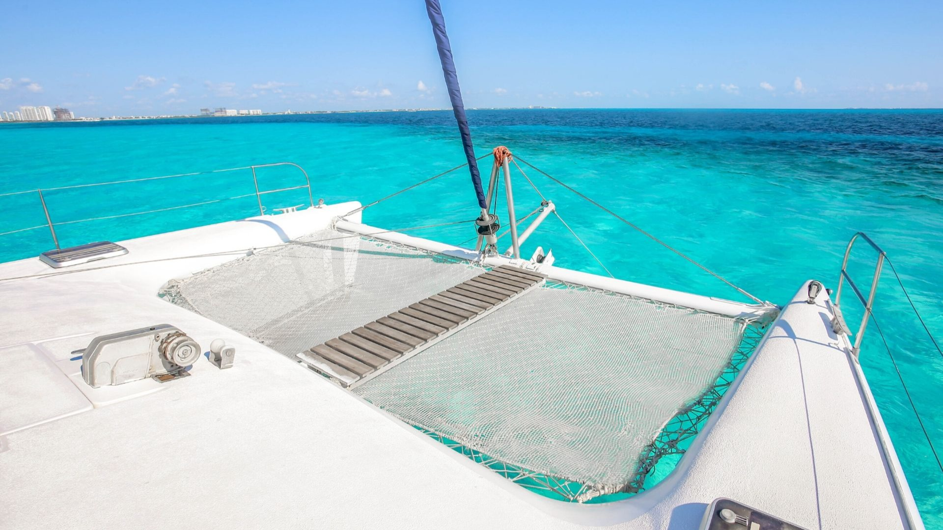 5 - LowRes - Manta - Isla Mujeres Catamaran Tour - Cancun Sailing