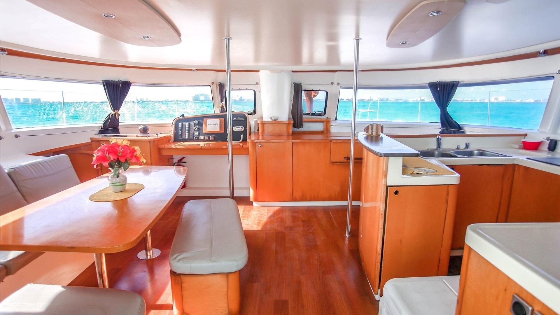 1 - LowRes Megaira- Private tour to Isla Mujeres in catamaran - Cancun Sailing