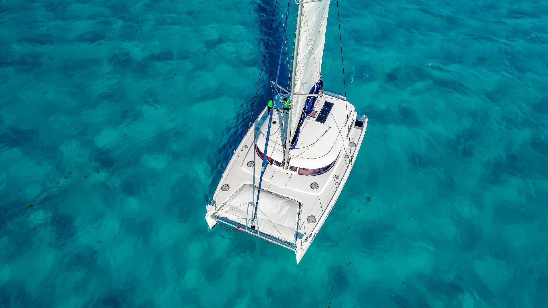 4 - LowRes Megaira- Private tour to Isla Mujeres in catamaran - Cancun Sailing