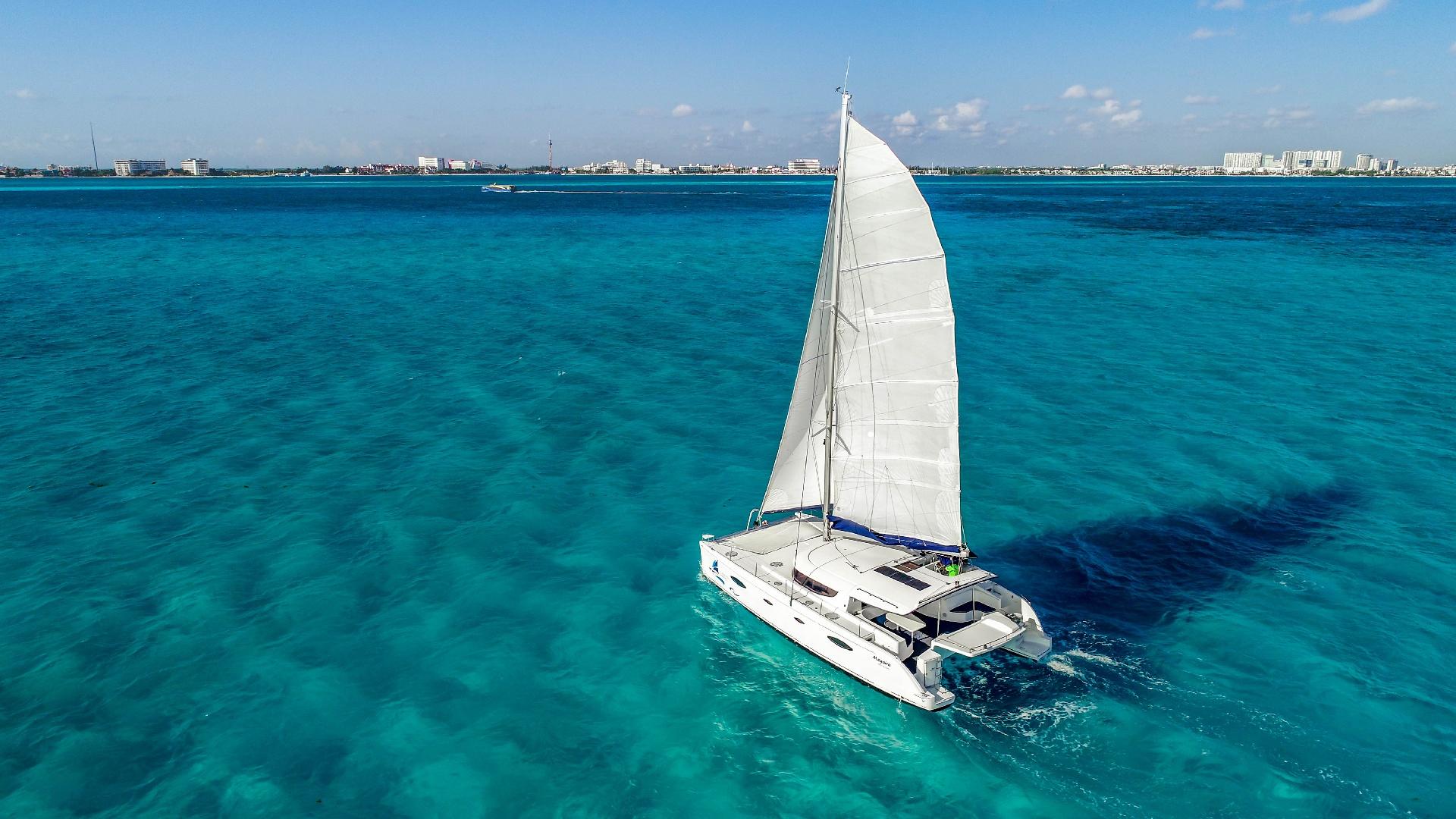 5 - LowRes Megaira- Private tour to Isla Mujeres in catamaran - Cancun Sailing