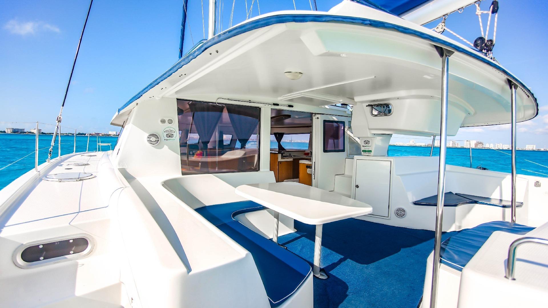 6 - LowRes Megaira- Private tour to Isla Mujeres in catamaran - Cancun Sailing