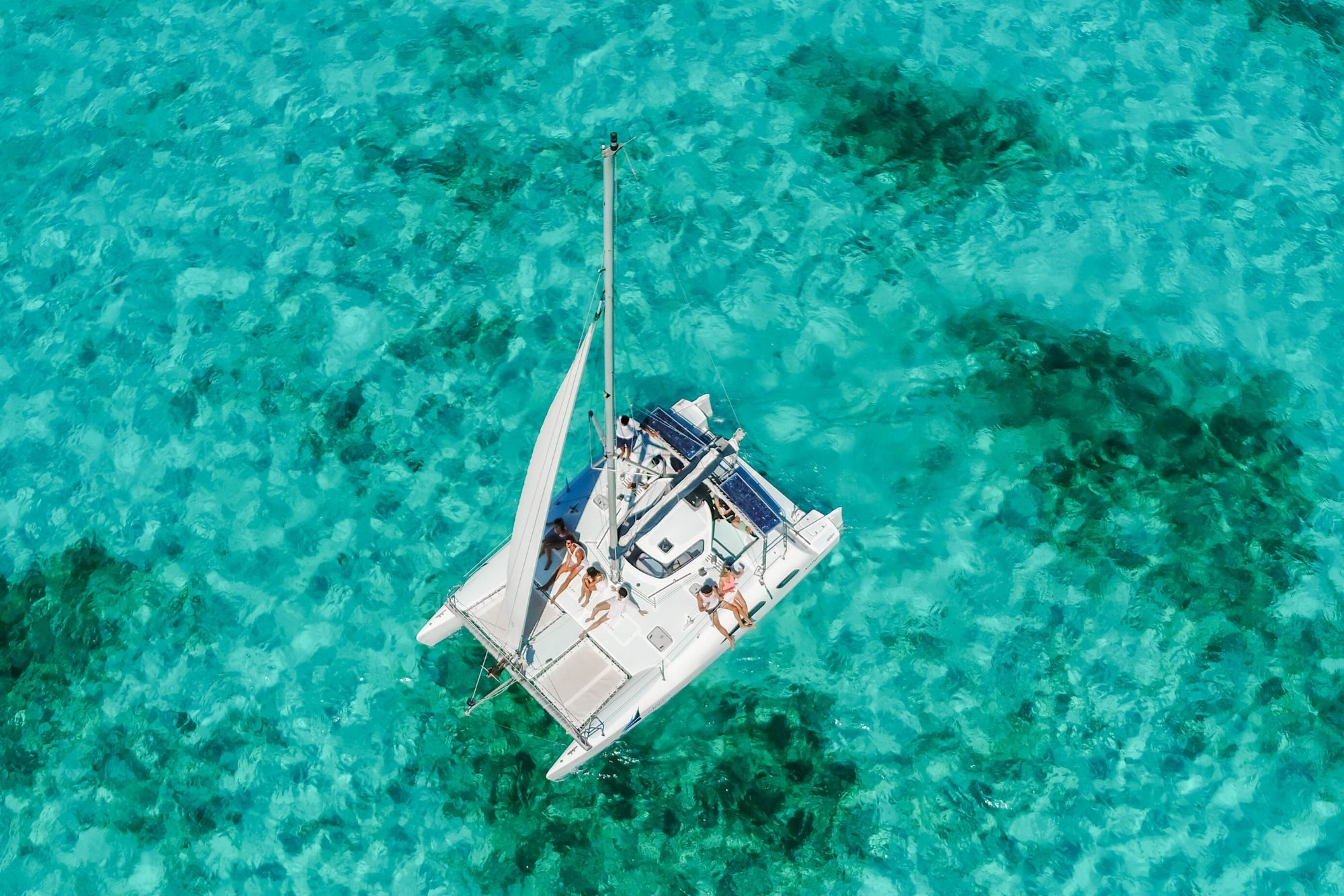 6 Nal Gone - Private tour to Isla Mujeres in catamaran - Cancun Sailing