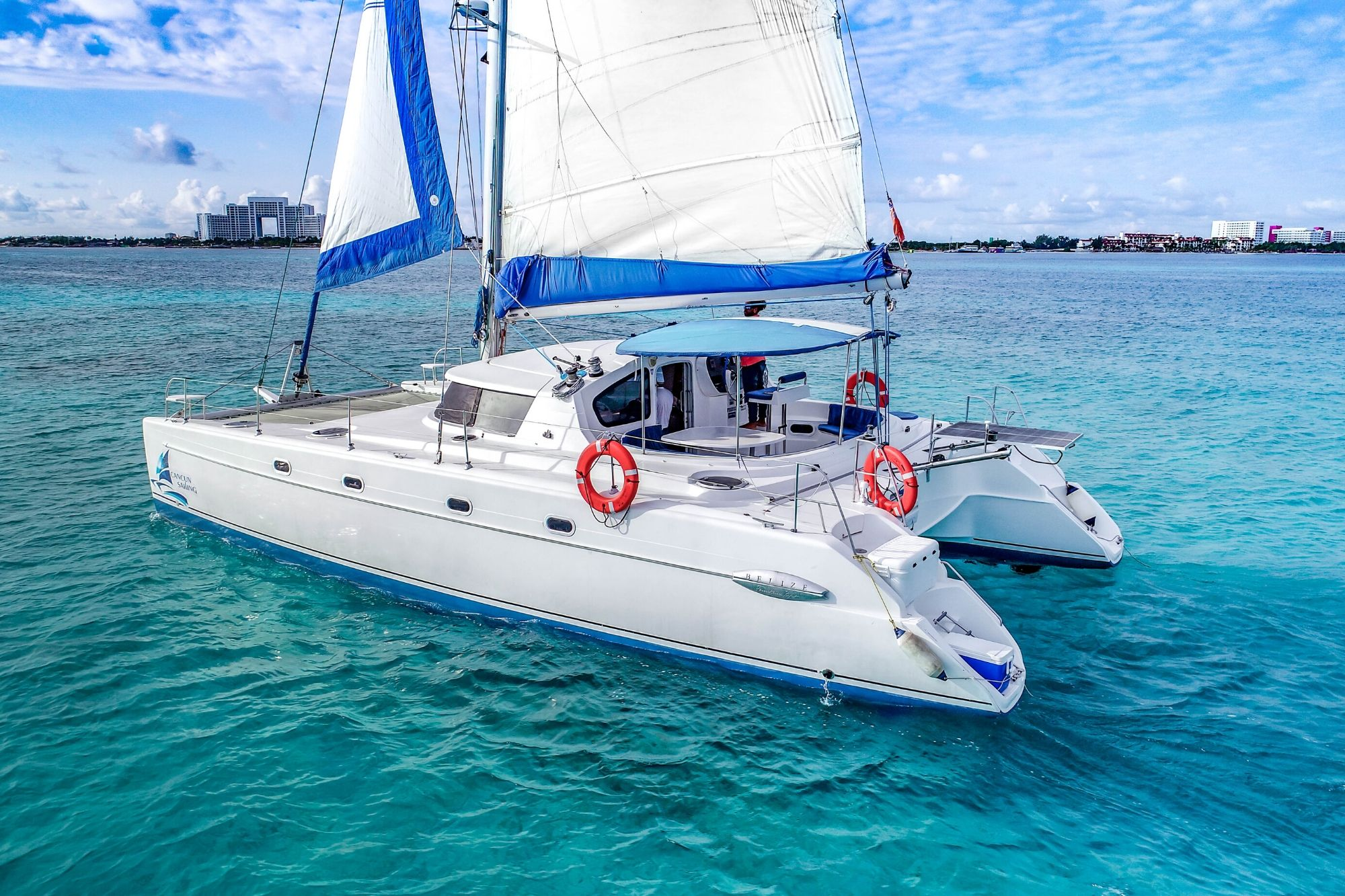 4 Vents - Isla Mujeres Catamaran Tour - Cancun Sailing 2