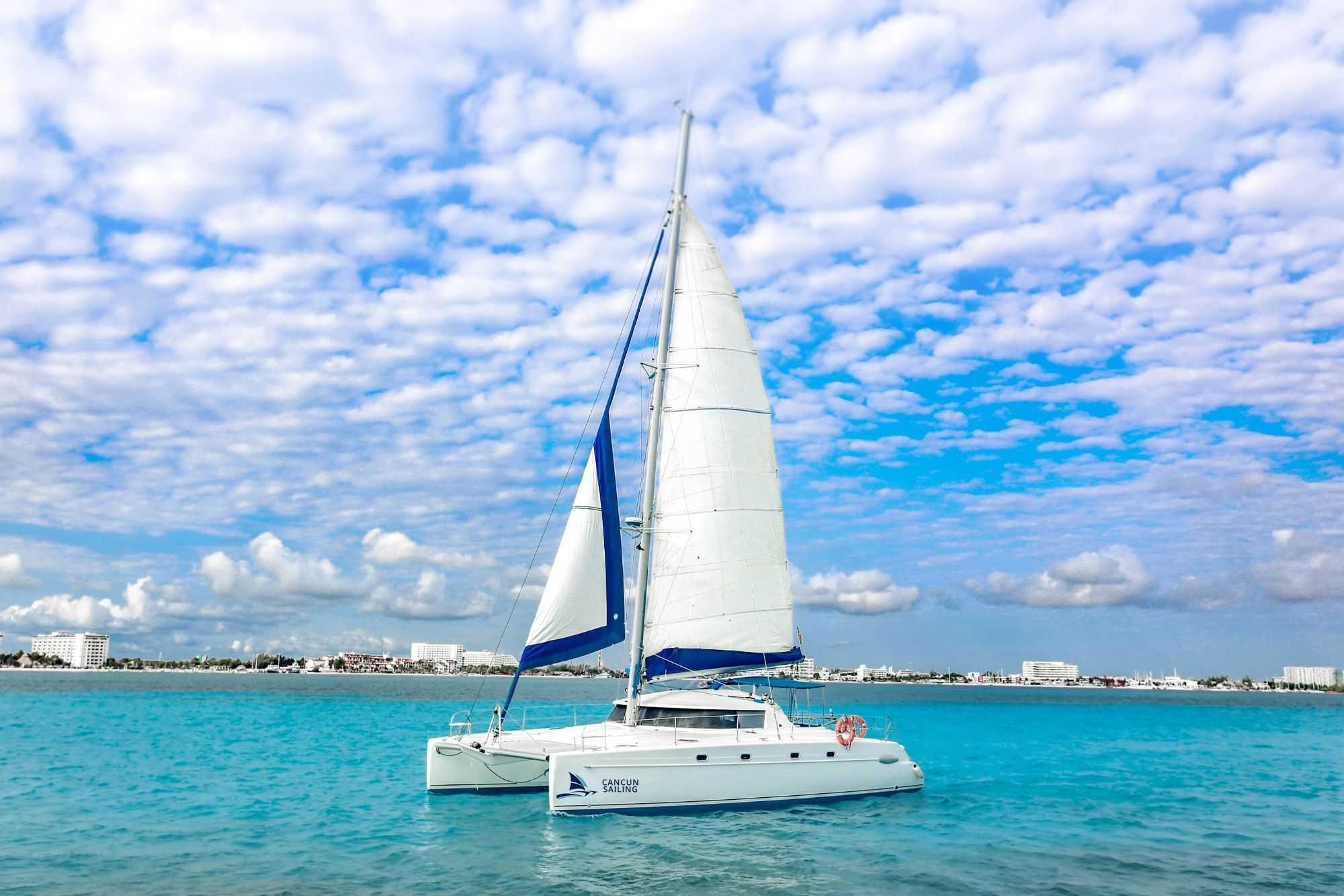4 Vents - Isla Mujeres Catamaran Tour - Cancun Sailing 4
