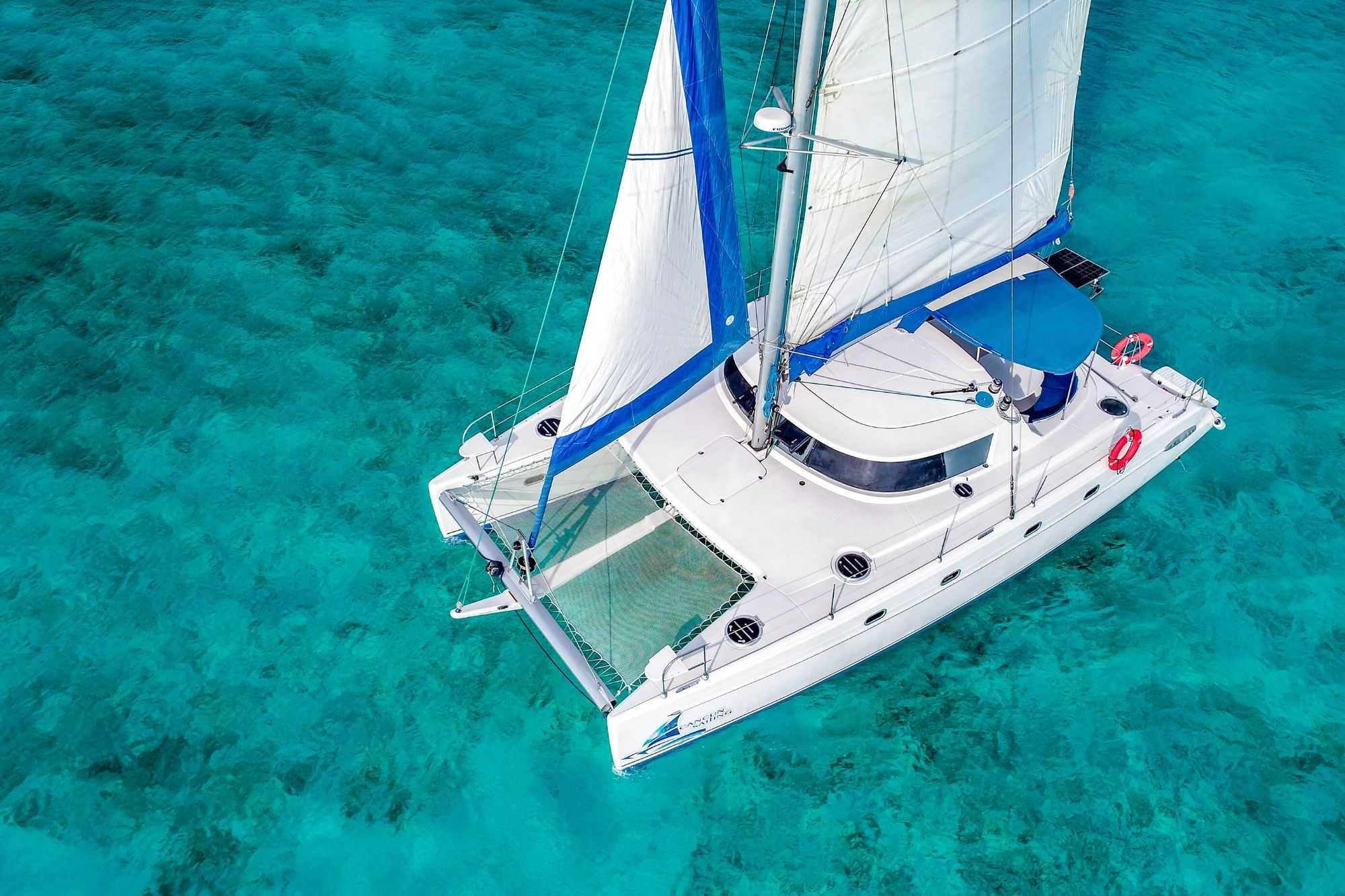 4 Vents - Isla Mujeres Catamaran Tour - Cancun Sailing 6