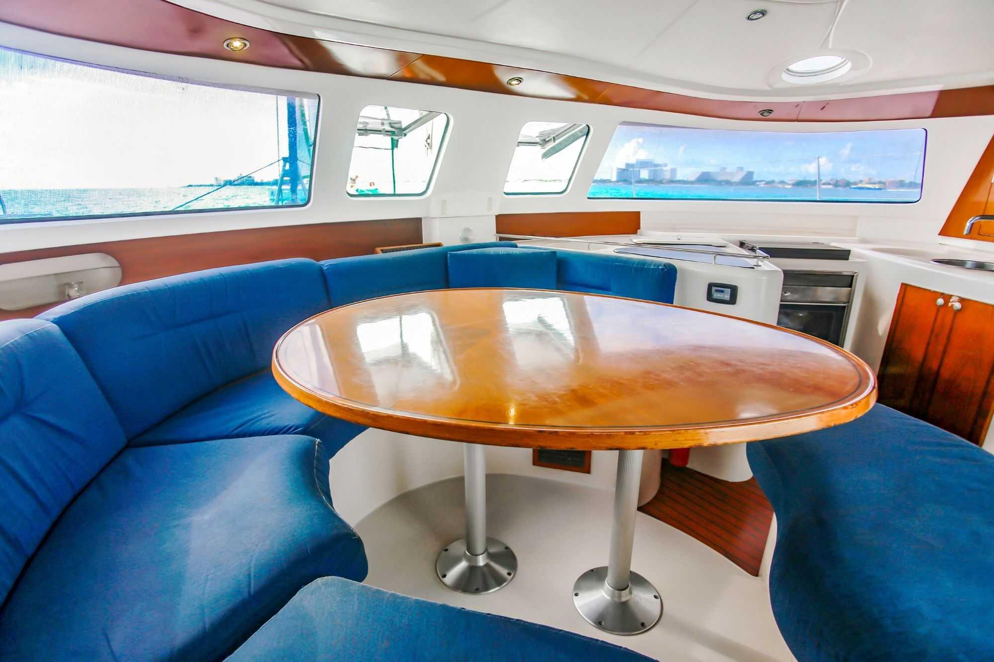 4 Vents - Isla Mujeres Catamaran Tour - Cancun Sailing 7