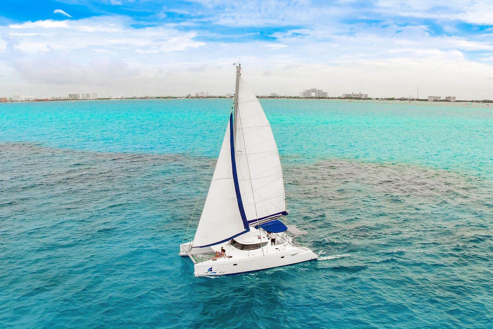 Malube - Isla Mujeres Catamaran Tour - Cancun Sailing 3