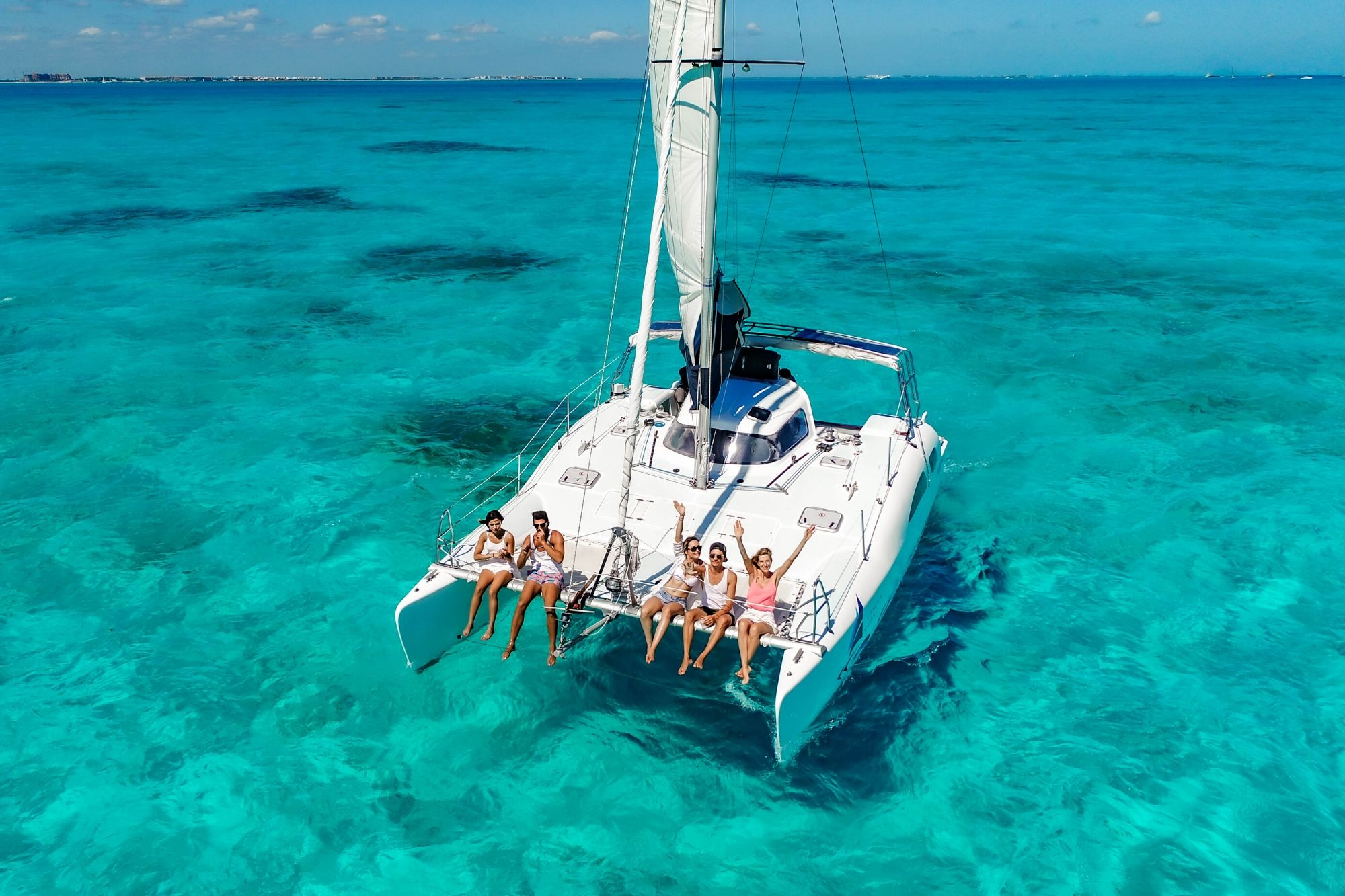 2 Nal Gone - Private tour to Isla Mujeres in catamaran - Cancun Sailing
