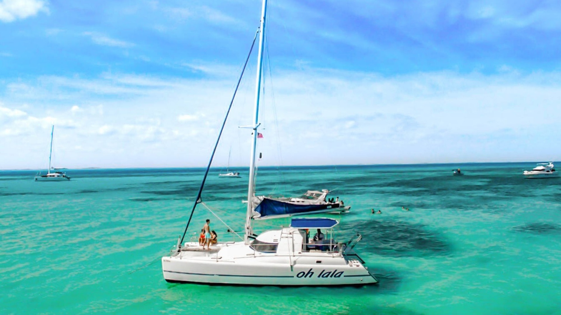 Oh La La - Private tour to Isla Mujeres in catamaran - Cancun Sailing