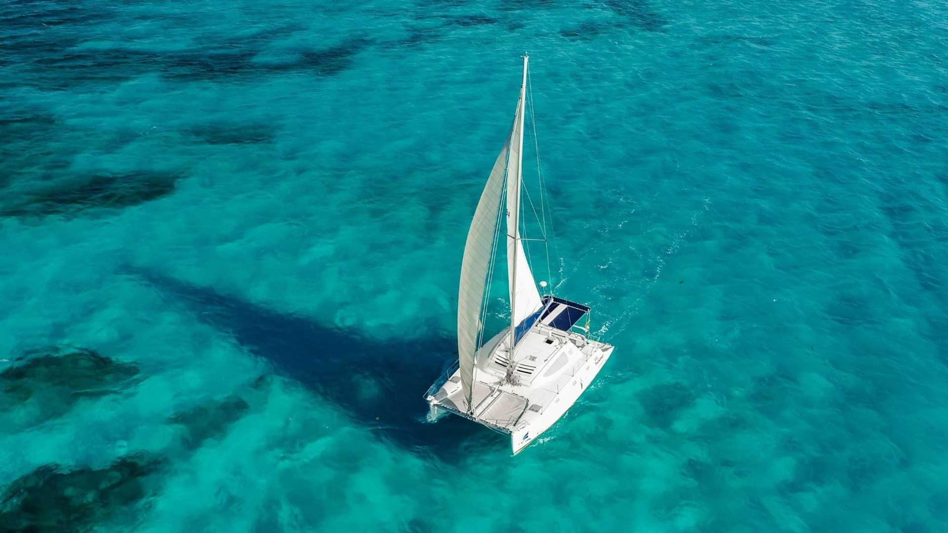 3 - LowRes - Pachanga - Private Isla Mujeres catamaran tour - Cancun Sailing