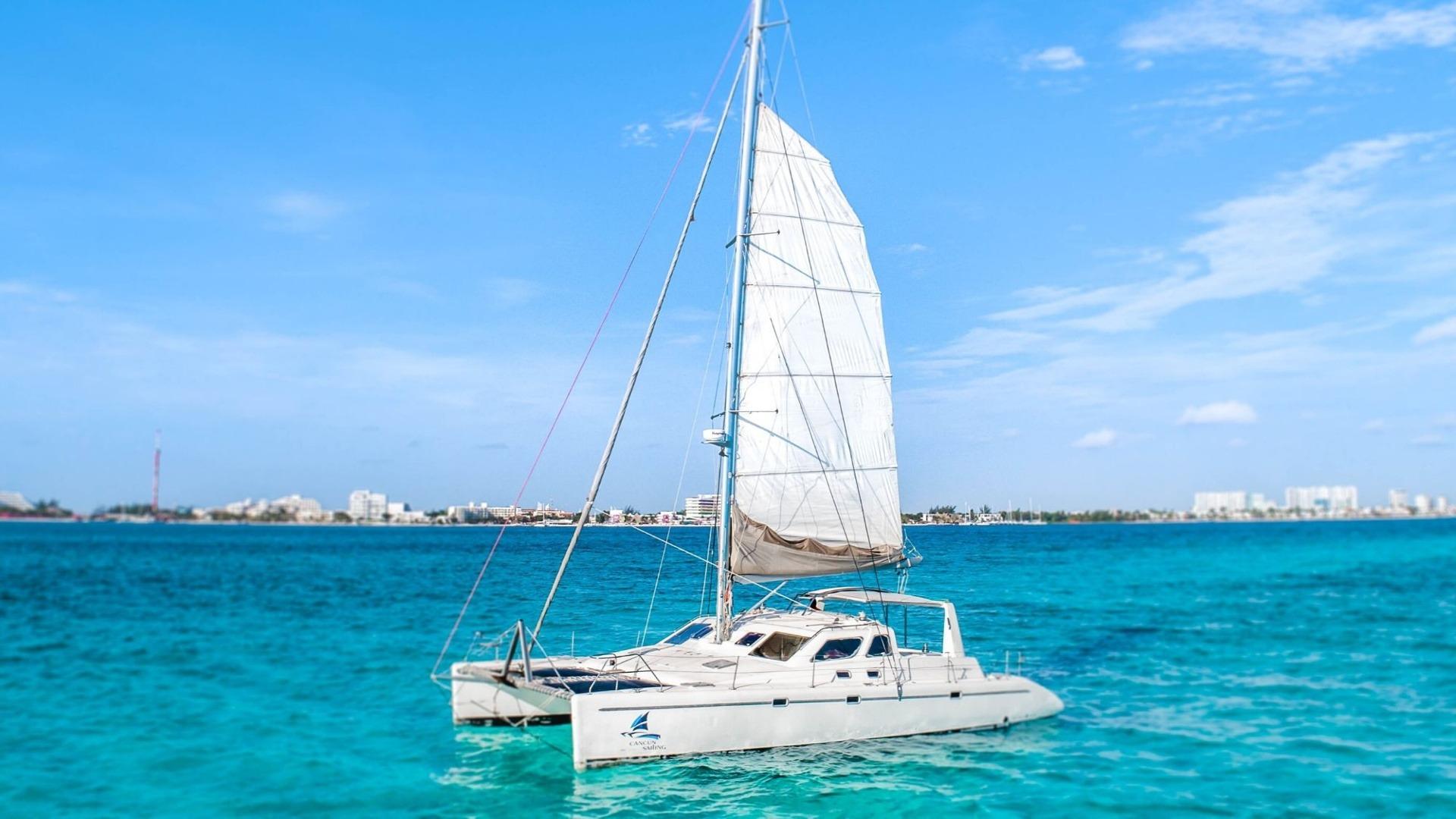 6 - LowRes - Paradise explorer - Private Isla Mujeres catamaran tour - Cancun Sailing