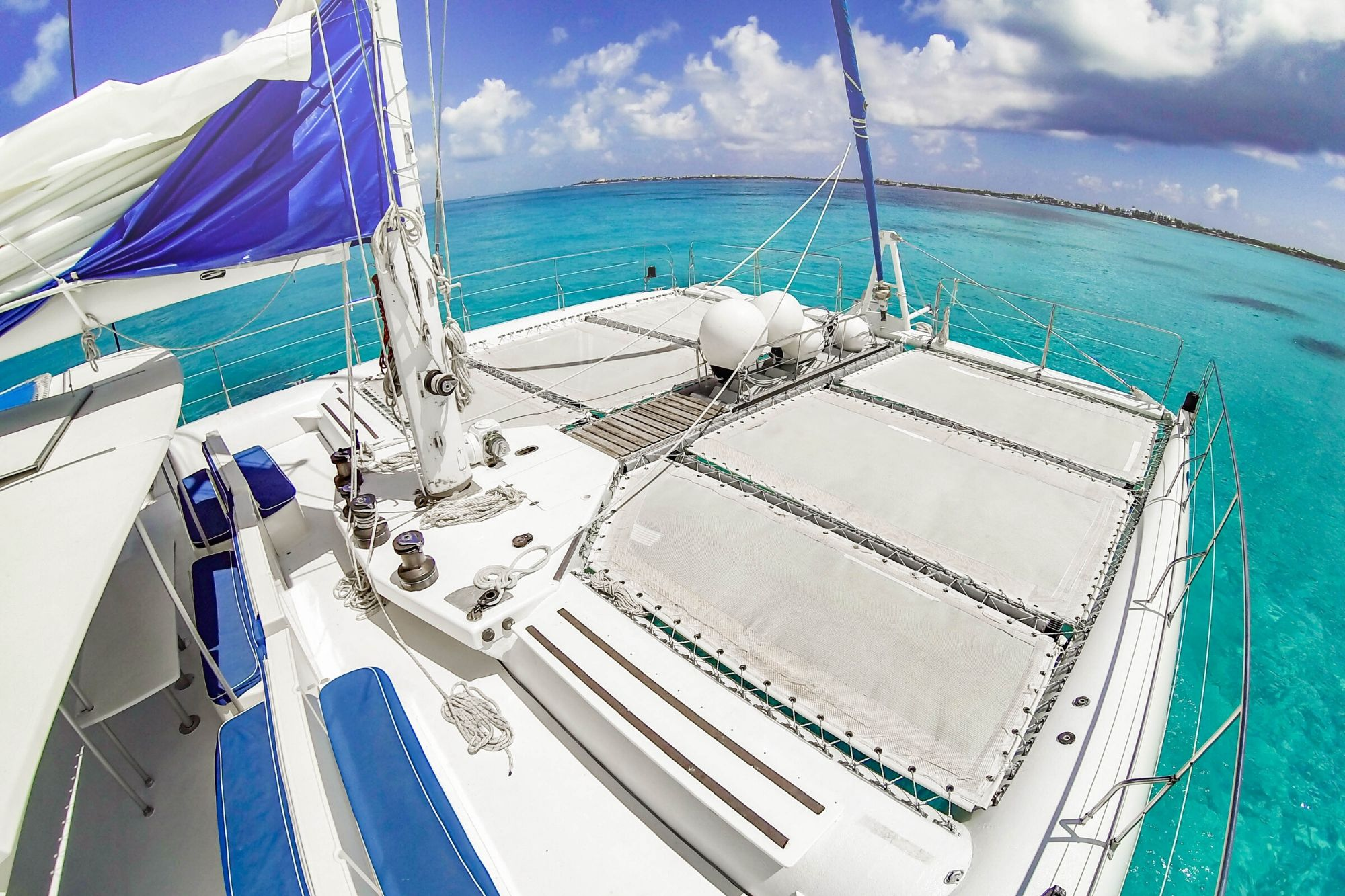 8 Private Isla Mujeres tour in catamaran - Sea Passion I II - Cancun Sailing