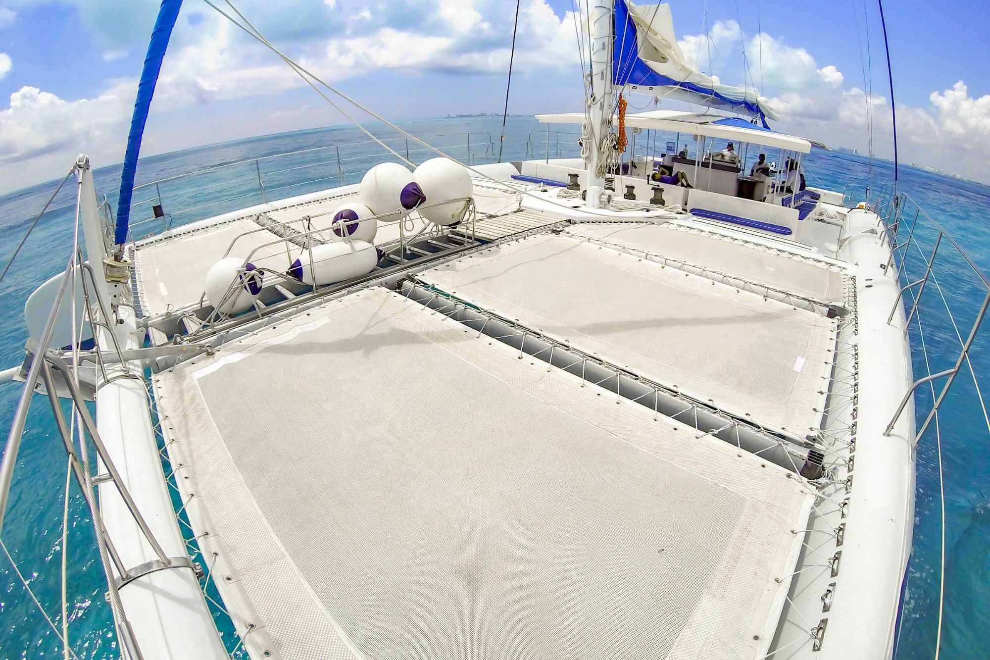 9 Private Isla Mujeres tour in catamaran - Sea Passion I II - Cancun Sailing
