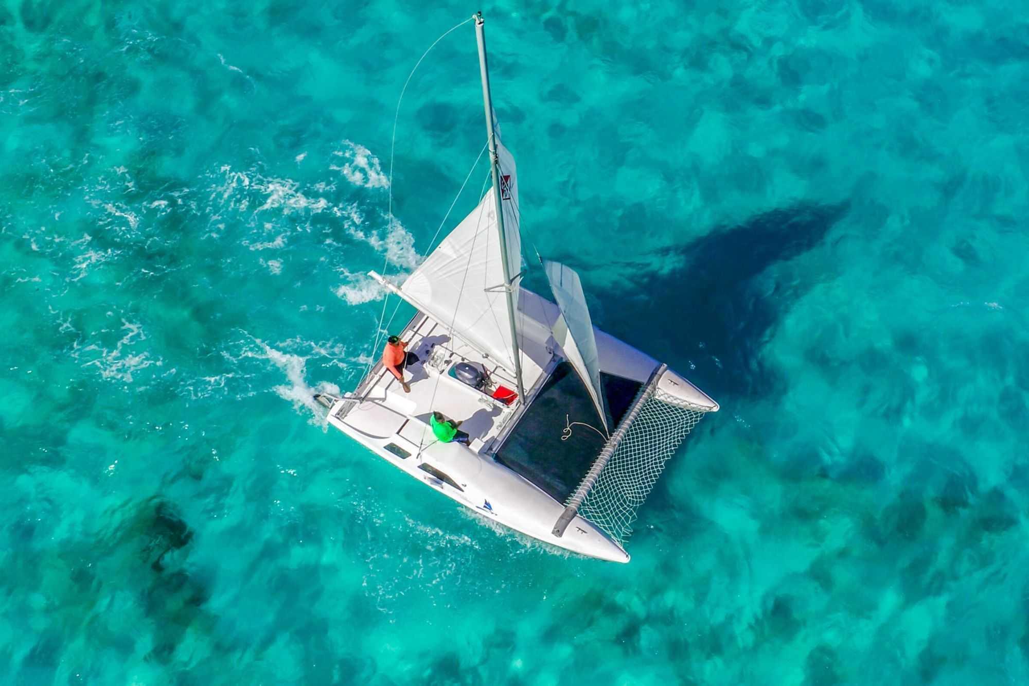 5 Private Isla Mujeres tour in catamaran - Seawind - Cancun Sailing