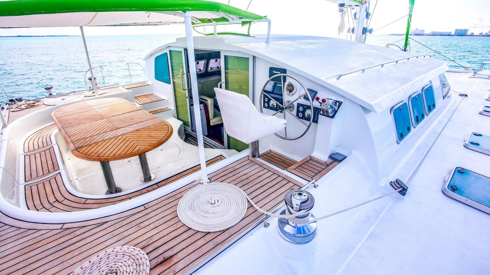 1 - LowRes - Private Isla Mujeres tour in Tiaré catamaran - Cancun Sailing