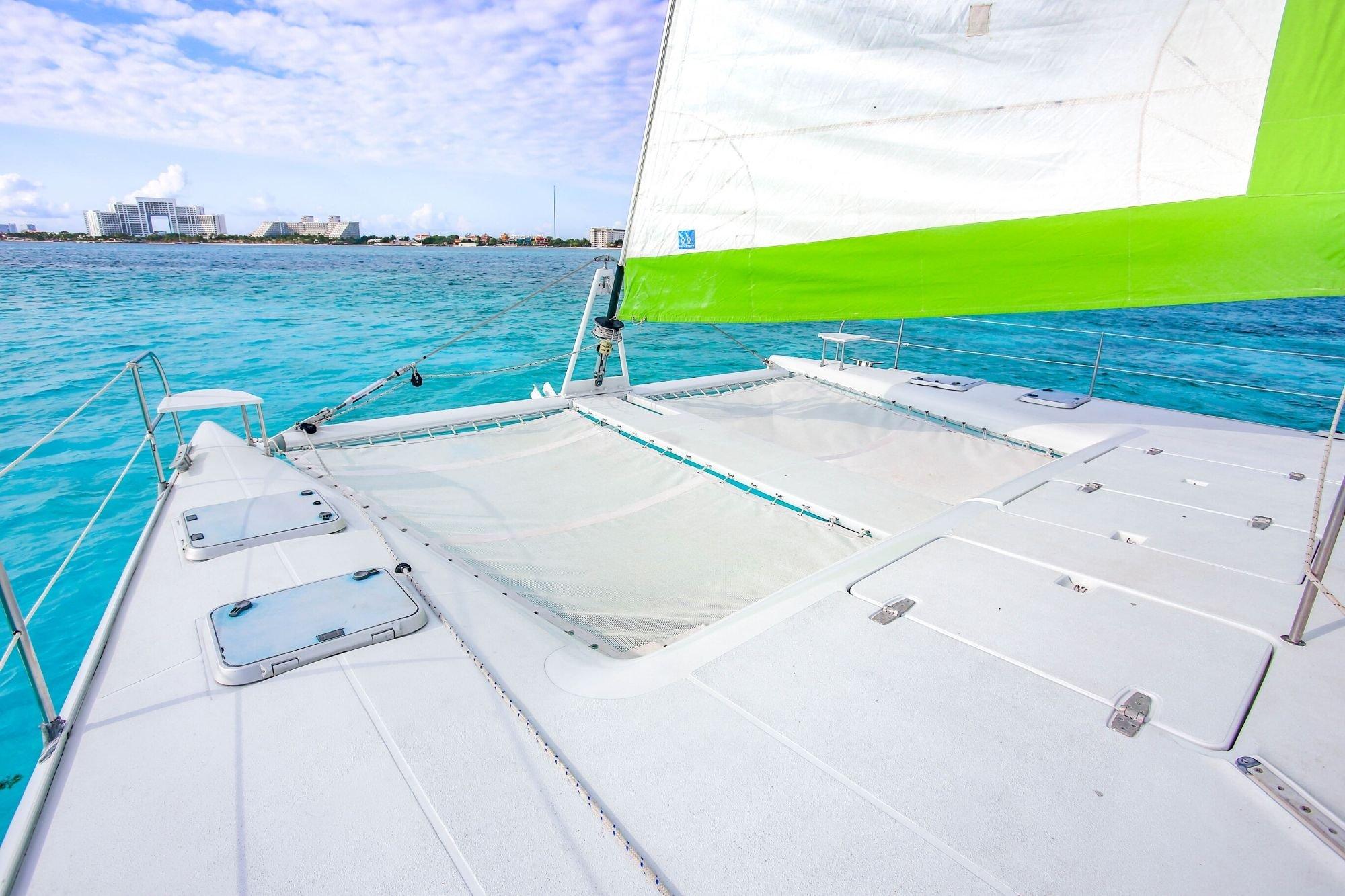 2 - HiRes - Private Isla Mujeres tour in Tiaré catamaran - Cancun Sailing