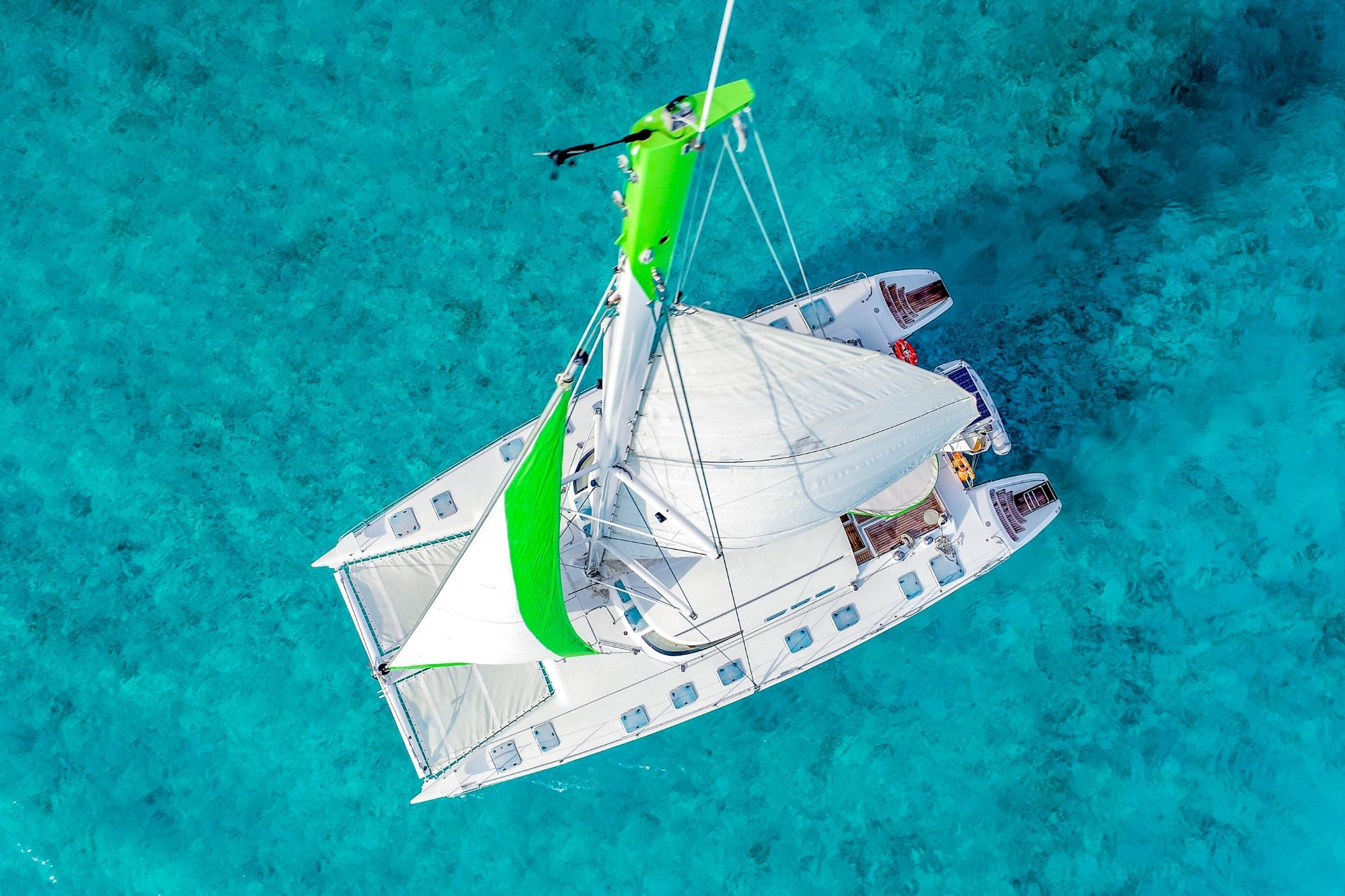 7 - HiRes - Private Isla Mujeres tour in Tiaré catamaran - Cancun Sailing