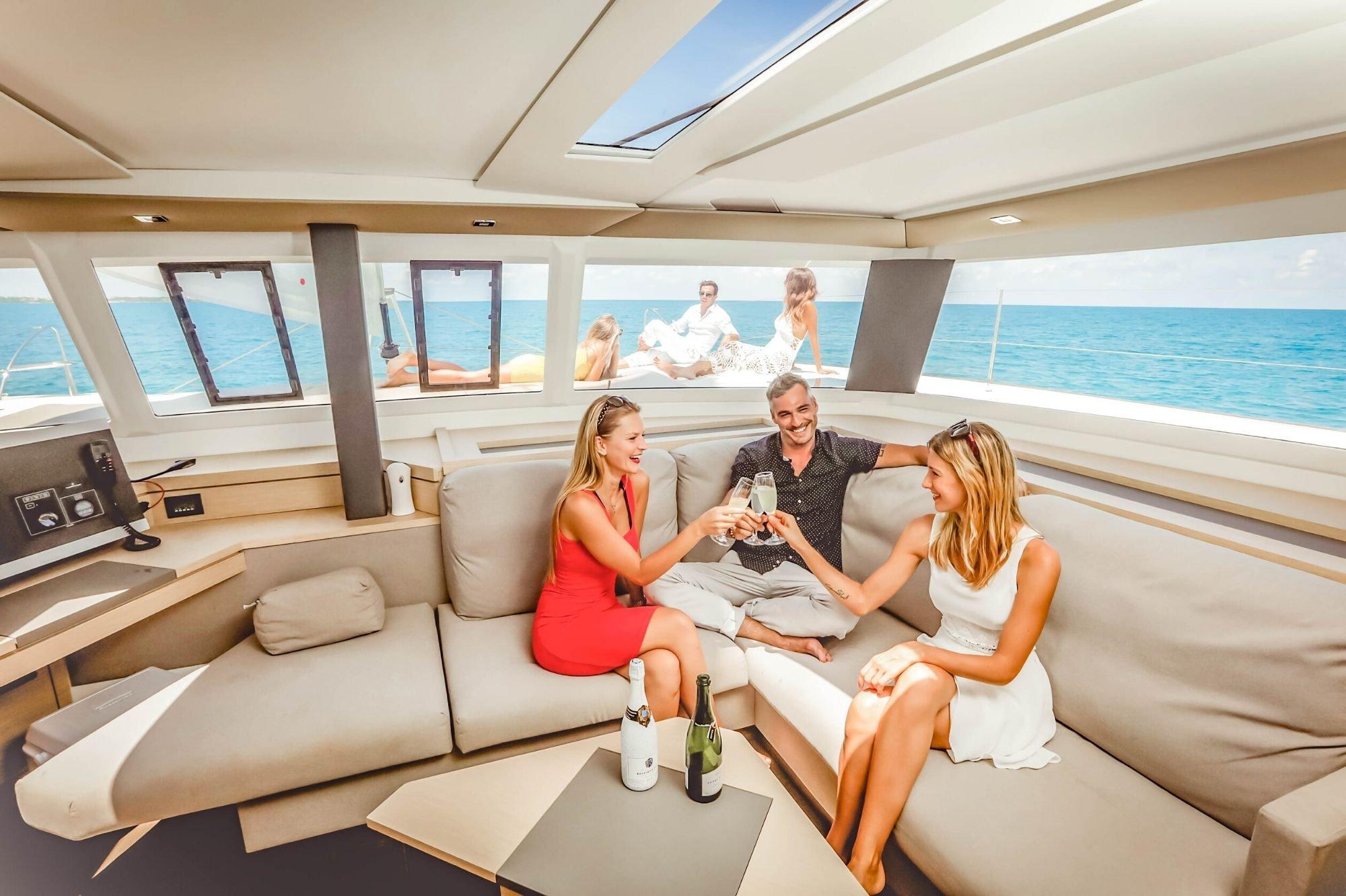 1 Private Isla Mujeres tour in catamaran - Victoria - Cancun Sailing