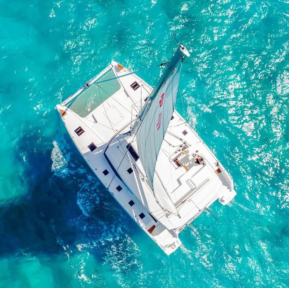 6 - LowRes - Private Isla Mujeres tour in catamaran - Victoria - Cancun Sailing-1