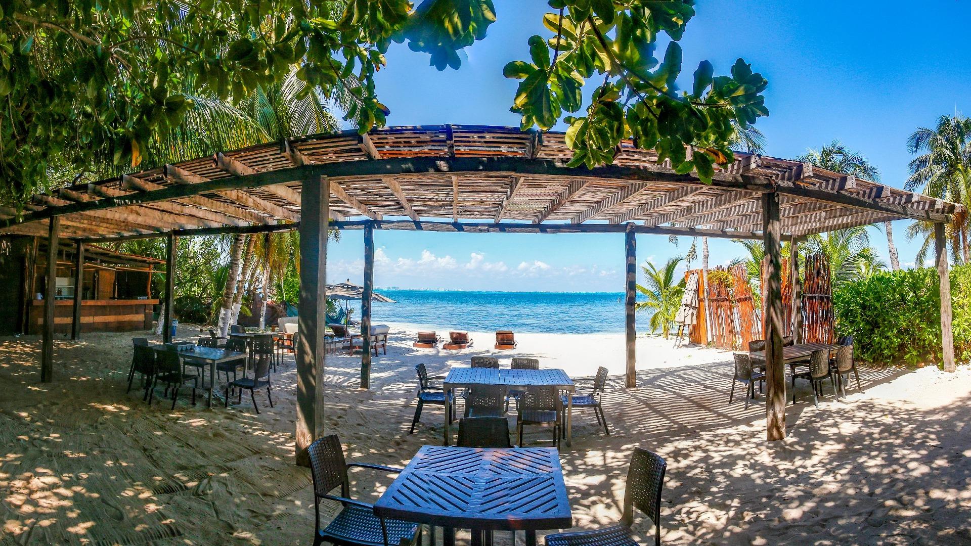 Zama Beach Club - Isla Mujeres