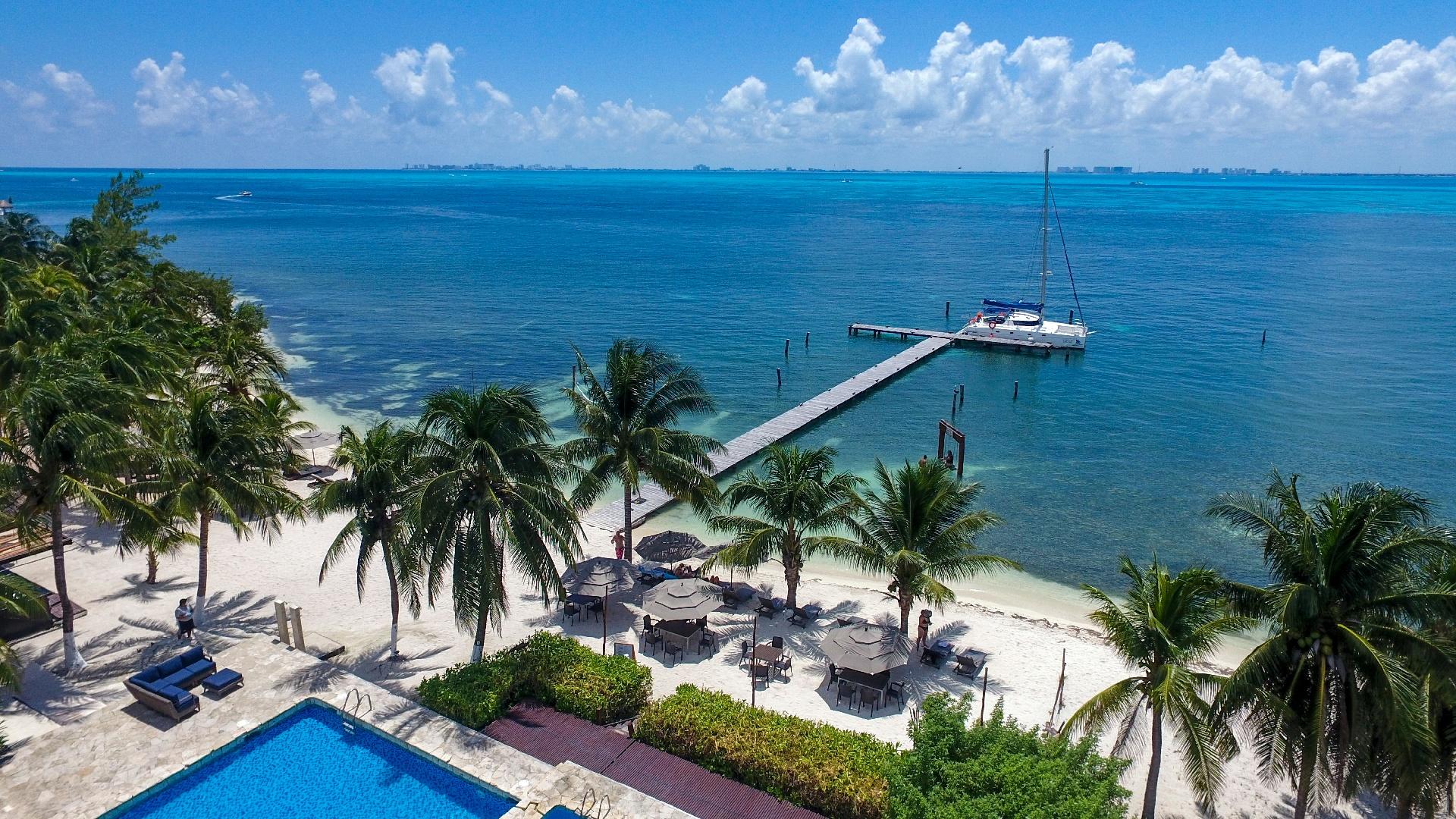 Zama Beach Club - Isla Mujeres - 8