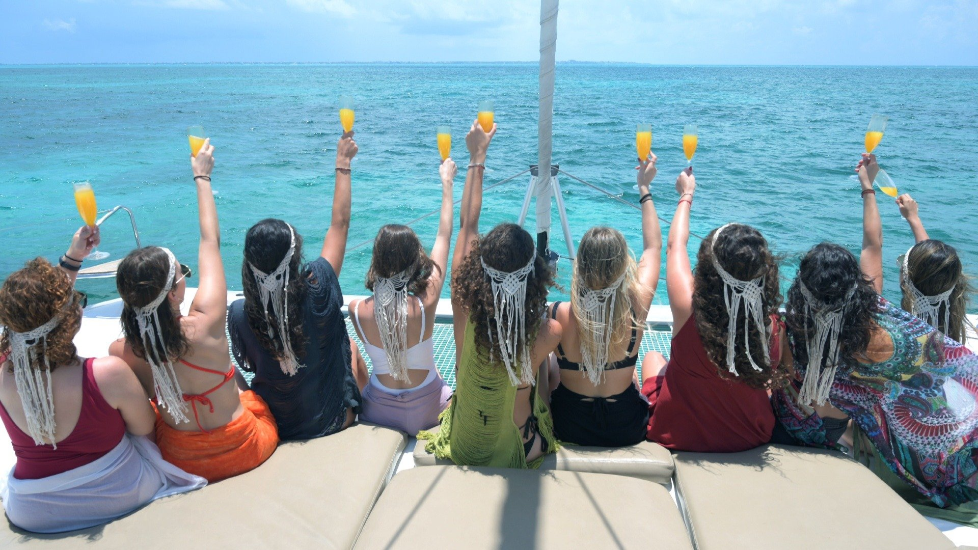 01 LoRes Bachelorette party - Cancun Sailing