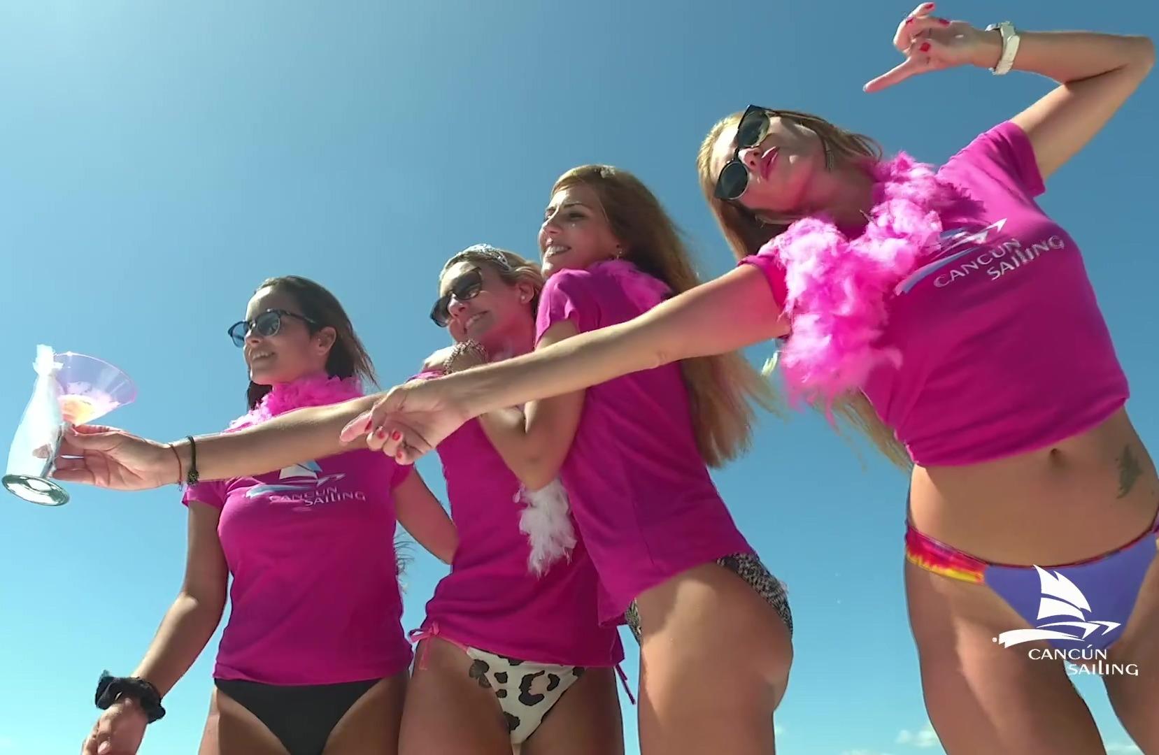 cancun bachelorette party in catamaran - isla mujeres - 15 seg-thumb-3